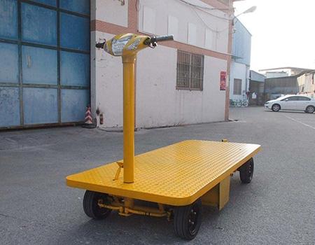 大型重型自卸车